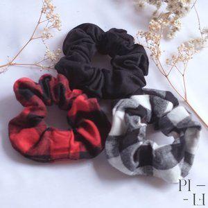 NWOT Bundle of hair scrunchies checkered tartan